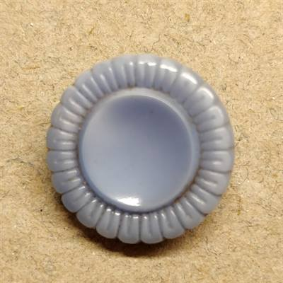 18mm. Lyseblå vintage knap, light blue vintage button.